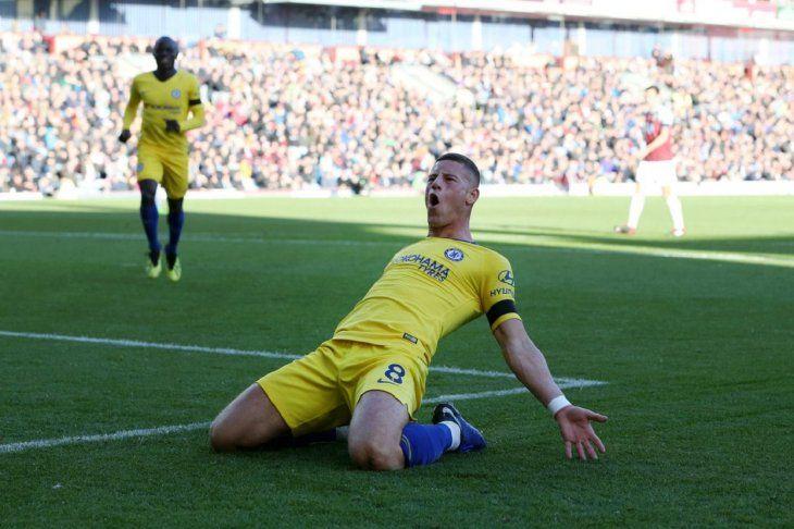 Barkley celebra su anotación ante el Burnley.