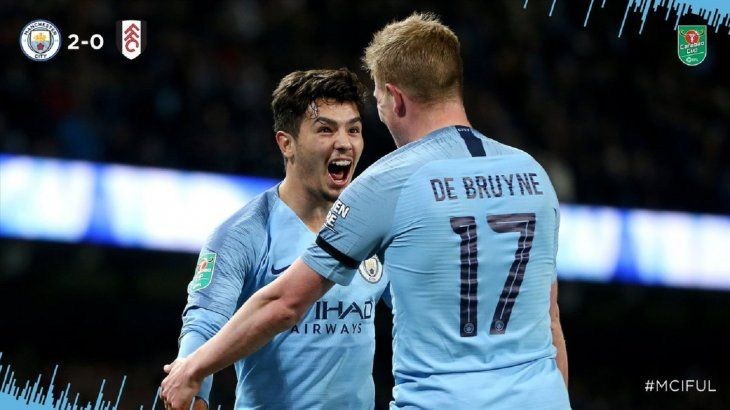El Manchester City avanza de ronda en Copa.