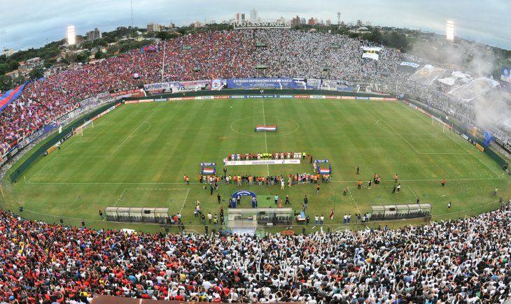 Olimpia y Cerro Porteño se enfrentan este fin de semana en el Defensores del Chaco.