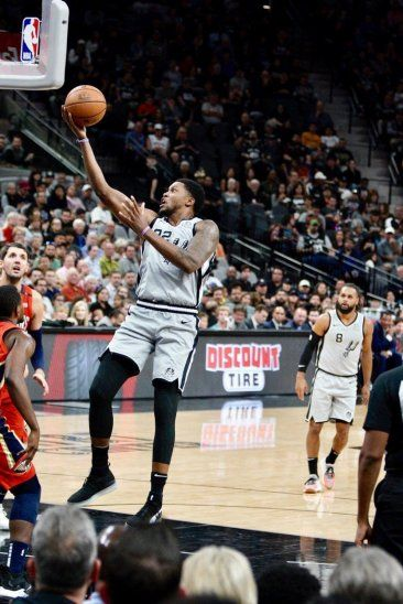 San Antonio mostró una jornada más su buen baloncesto de equipo.