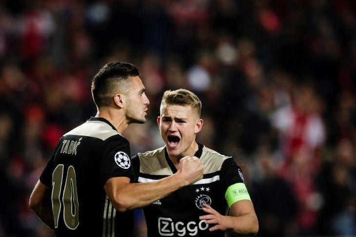 El Ajax logró un valioso empate de visitante.