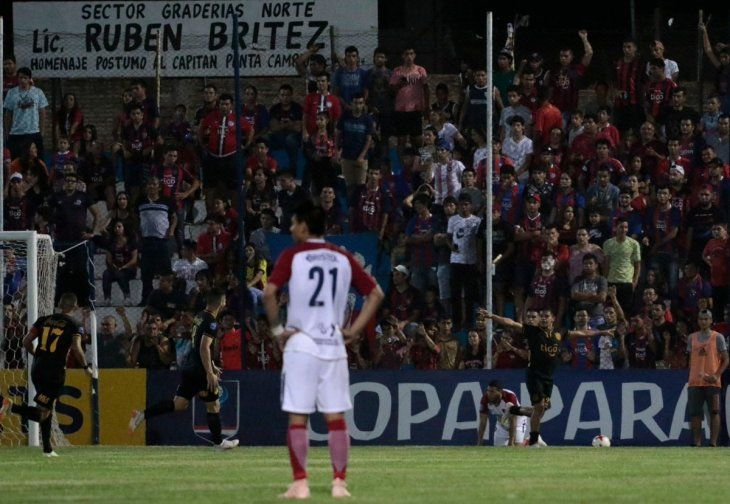 Guaraní goleó a Cerro en Itauguá.