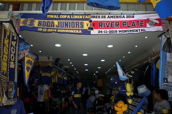 Boca y River se enfrentan este sábado en la primera final.