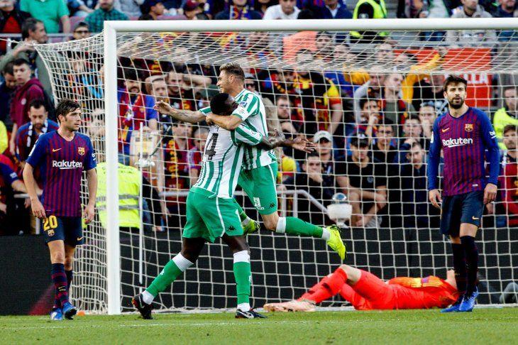 El Betis dio un sorpresón en el Camp Nou.