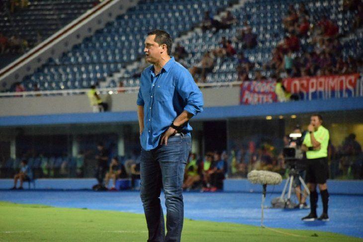 Aldo Bobadilla deja el cargo de entrenador del Club General Díaz.