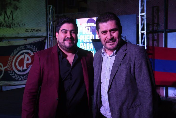 Maldonado (der) junto a uno de sus candidatos a vicepresidente de Cerro.