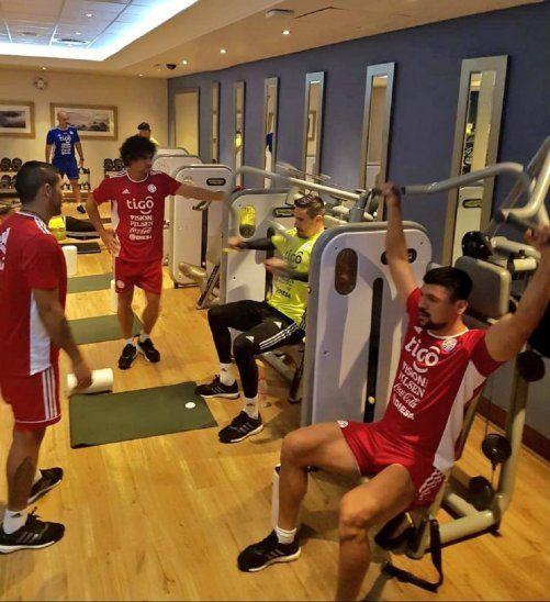Los albirrojos entrenaron en el gimnasio del hotel de concentración en Durban.