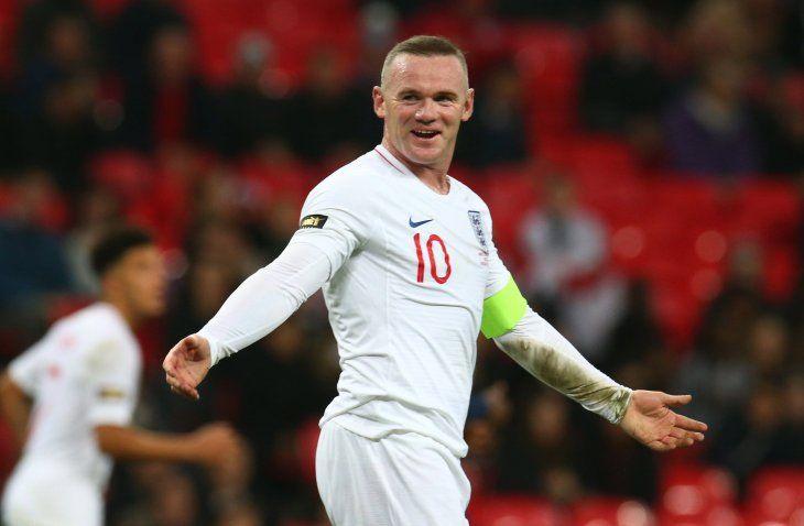 Rooney fue homenajeado.