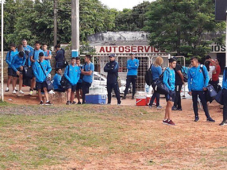 TARDE. La sub 15 de Cerro Porteño llegó tarde a Santaní y perdió los puntos por walk over.