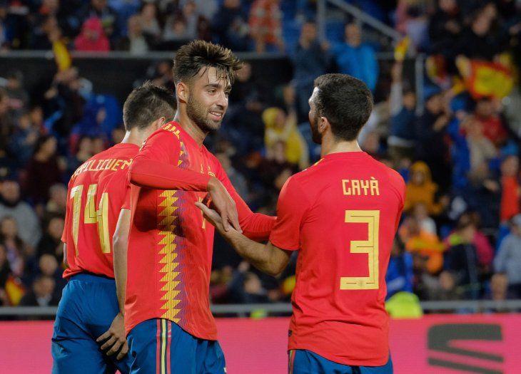 España logró un triunfo por la mínima.