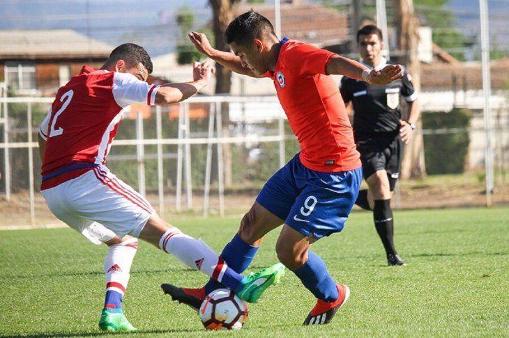 Postal del amistoso que disputaron el sábado los equipos de Paraguay y Chile en la categoría Sub 20.