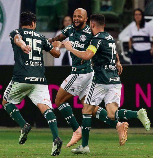FESTEJO. Gustavo Gómez y sus ganas de festejar el título del Brasileirâo con el Palmeiras.