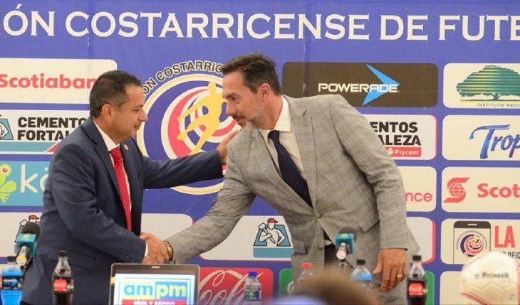 Gustavo Matosas en su presentación como entrenador de Costa Rica.