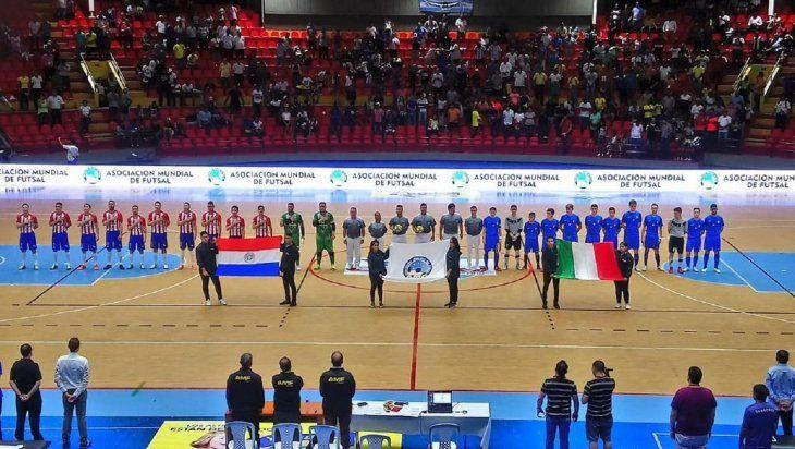 Paraguay juega su clasificación ante Estados Unidos.