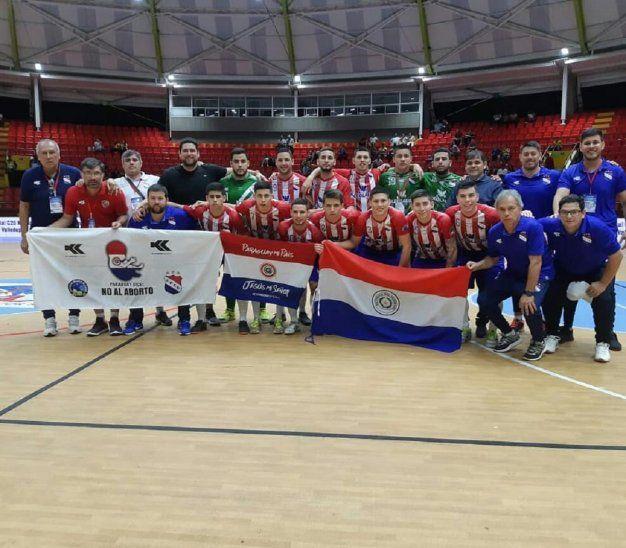 La Selección Paraguaya C20 buscará ante Argentina su primer título Mundial de fútbol de salón en esta categoría.