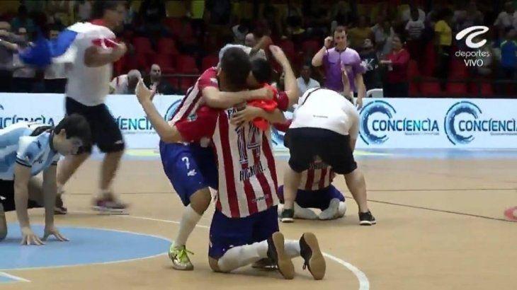 Guerreros. Los Albirrojos alcanzaron la gloria en Colombia.