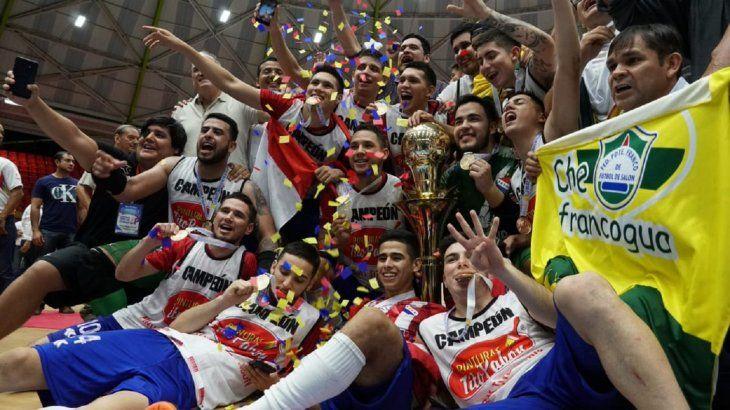 Paraguay celebra el título logrado en Colombia.