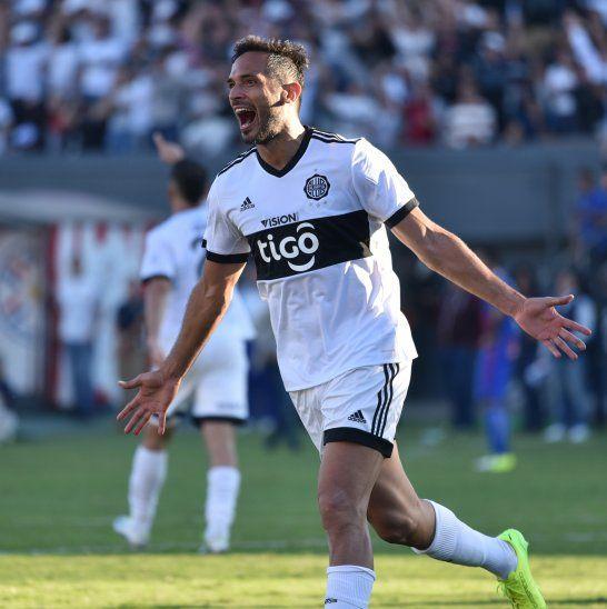 Roque quiere seguir cosechando títulos con la camiseta franjeada.