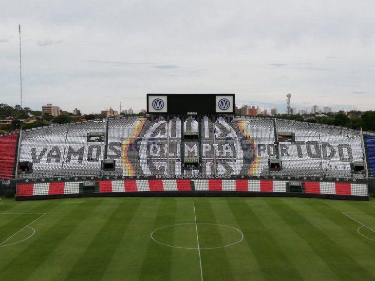 Mosaico del Olimpia para recibir al equipo en el partido ante Guaraní.