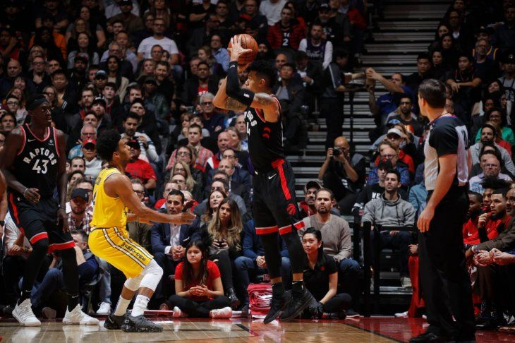Los Raptors se impusieron ante los Warriors.