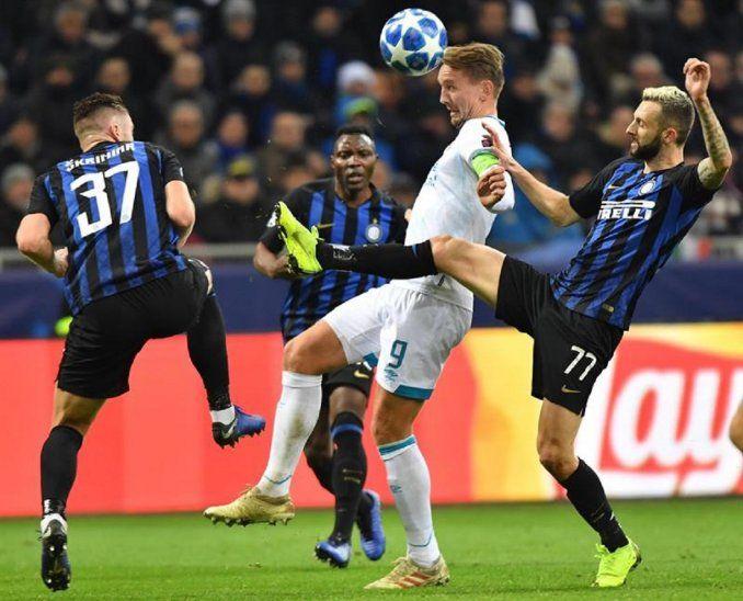 El Inter no puede con el PSV y dice adiós a la Champions.