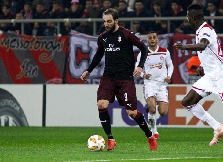 El Milan decepciona en la Europa League.