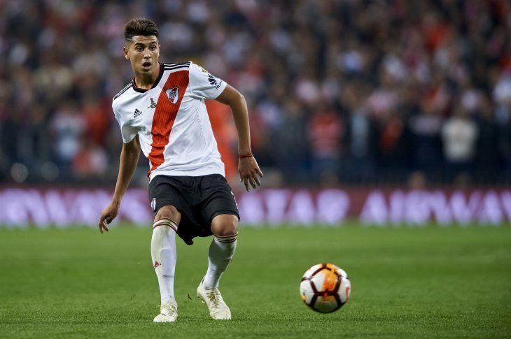 Exequiel Palacios de momento no se moverá de River Plate.