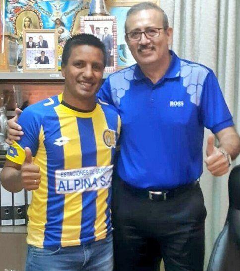 Cristian Sosa junto al presidente escobero Erico Galeano.