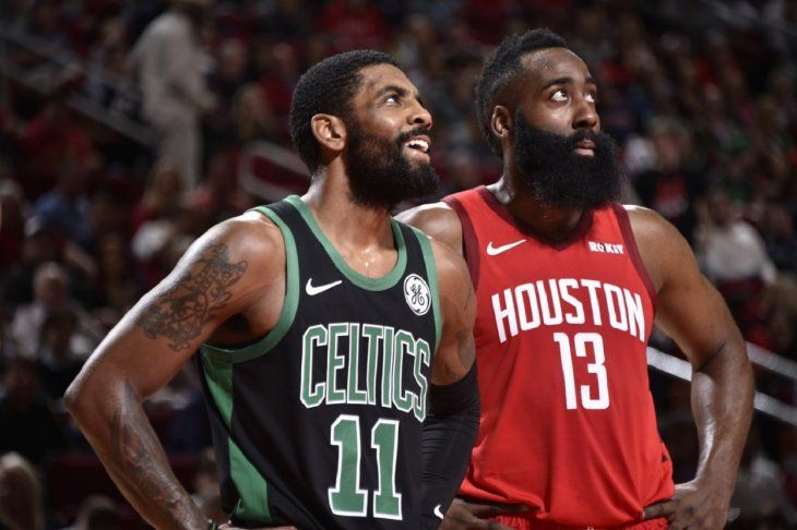 Harden se lució con los Rockets de Houston.