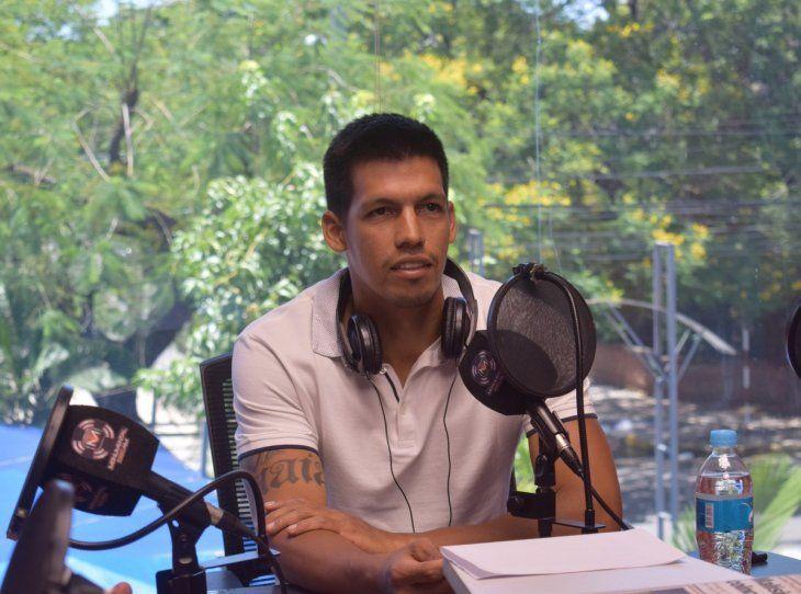Julio Dos Santos entrena diariamente en la sede del club buscando llegar de la mejor forma a la siguiente temporada.