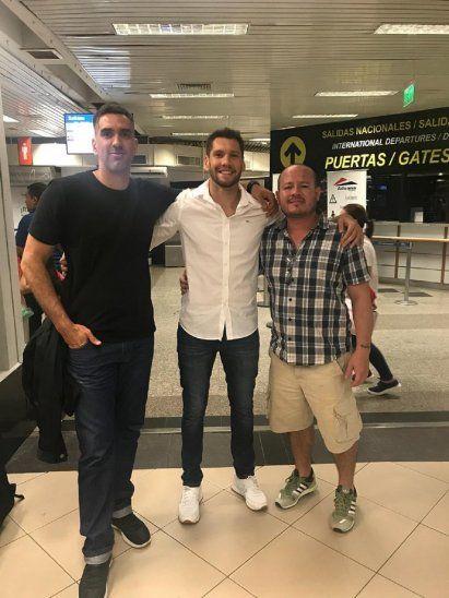 Gerardo Ortiz (centro)