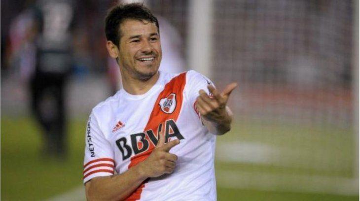Rodrigo Mora anunció que deja el fútbol.