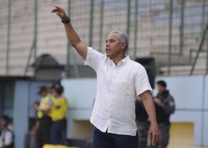 El entrenador colombiano Alexis Mendoza dirigirá el Sporting Cristal de Perú.