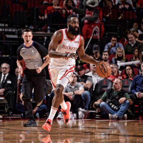 Los Rockets superaron la derrota del fin de semana.