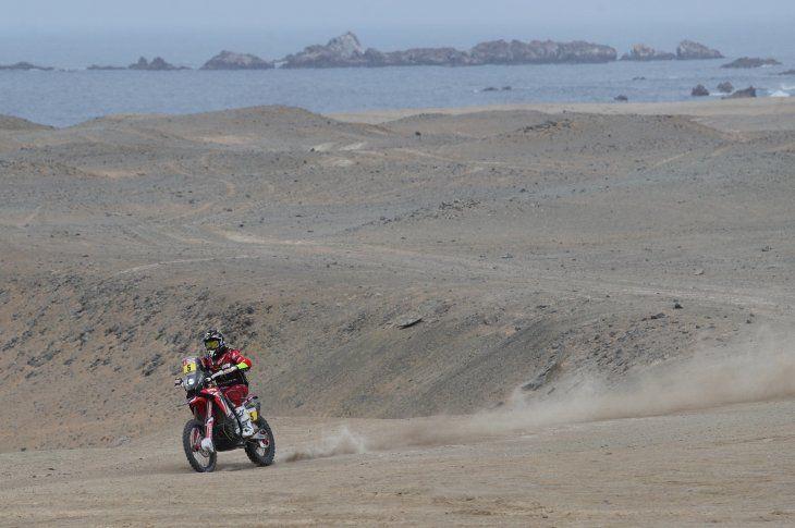 El español Joan Barreda conduce su motocicleta.