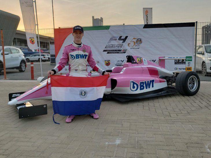 El paraguayo debutó y ganó con su monoplaza.