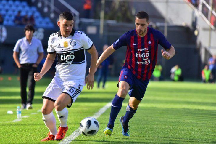 Olimpia y Cerro juegan este domingo el clásico del fútbol paraguayo.