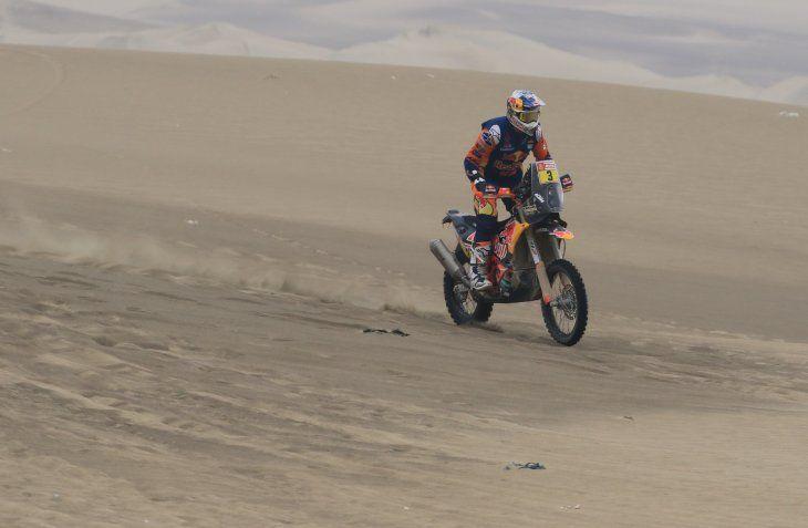 El australiano Toby Price (KTM) se convirtió este martes en el nuevo líder del Dakar en motos.