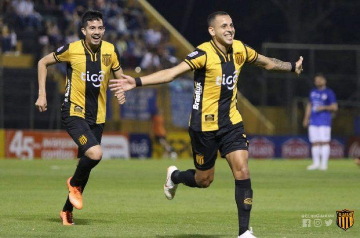Luis de la Cruz tendría un acuerdo para continuar su carrera en Olimpia.