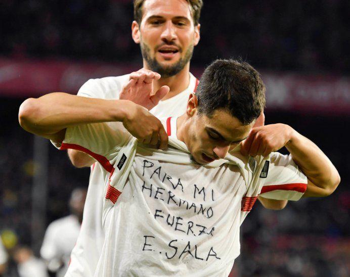 Dedicatoria del francés Ben Yedder para el argentino Emiliano Sala que se encuentra desaparecido.