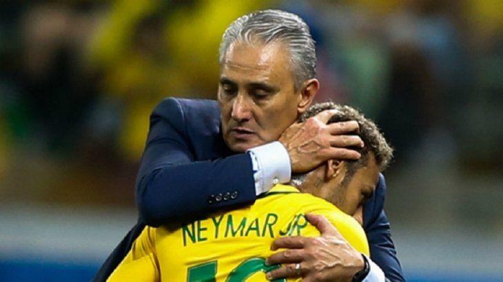 Tite deja en duda la presencia de Neymar en la Copa América.
