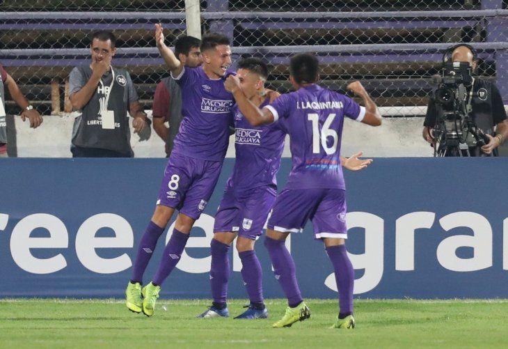 Defensor Sporting superó la fase uno de la Libertadores y ahora va por Barcelona de Ecuador.-