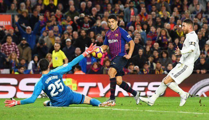Luis Suárez buscará volver a convertir ante el Real Madrid.