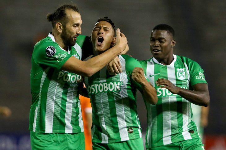 Sebastián Gómez celebra su gol ante La Guaira.