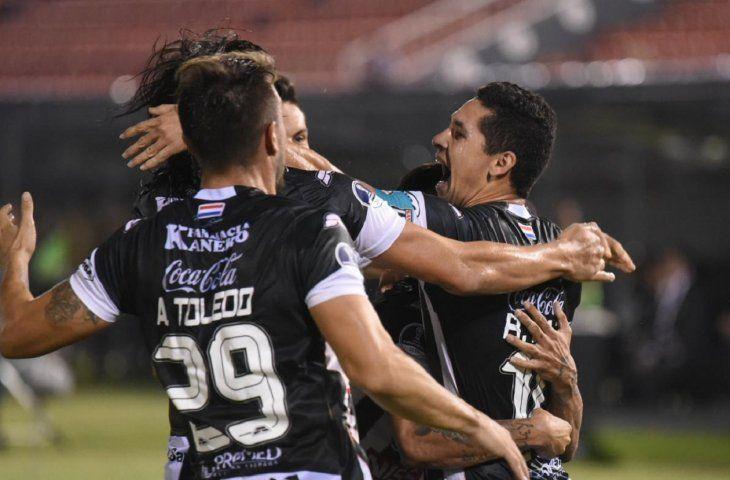 Santaní viene de empatar 1-1 ante Once Caldas por Copa Sudamericana.