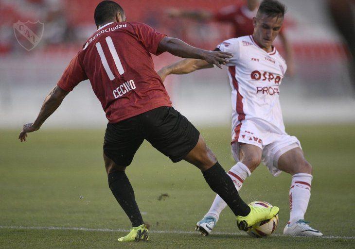 Cecilio Domínguez durante un partido con Unión.