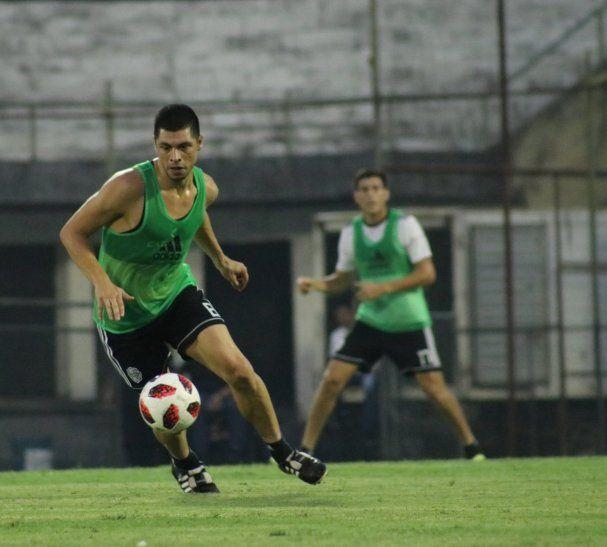 Rodrigo Rojas será titular este miércoles.