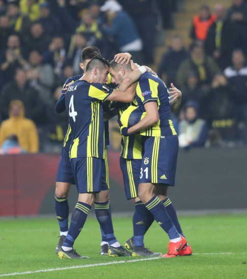Slimani marcó el único tanto del partido.