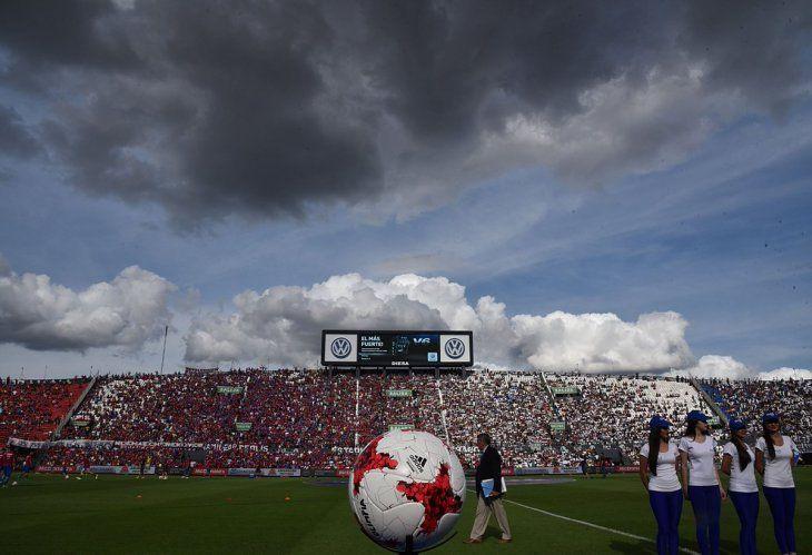 Más de un millar de policías cuidarán del superclásico entre Olimpia y Cerro