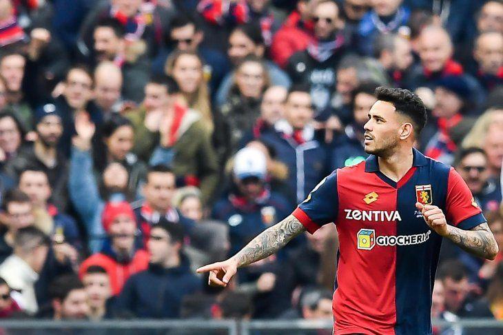 Tonny Sanabria festeja su gol ante Lazio.